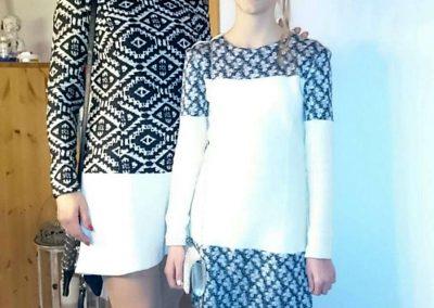 Mutter und Tochter im selbstgenöhten Outfit!