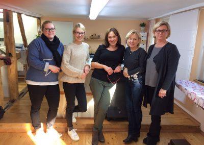 5 nähbegeisterte Frauen bei Ihrem Power-Samstag!